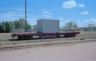 20.4.1980,Alice Springs - flat wagon NRH1536
