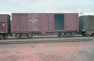 19.4.1980,Stirling North - ways and works wooden van VB44