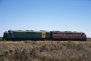 4.2.1986,GM39 (green) and GM46 (silver) Stirling north green/gold maroon/silver
