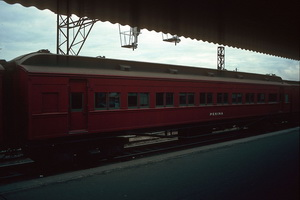 12.6.1986 Pekina car Spencer street station