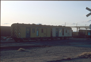 27.4.1992,Spencer Junction - LCL vans ABL401 - left + ABLP404 - right