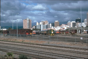 24.3.1995,Adelaide - 958 on SteamRanger train and Red hen 430