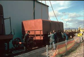 5<sup>th</sup> August 1996,Port Dock - TSA&nbsp;691 Lift