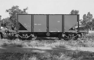 28.8.1976 - Alice Springs  - NB1397 hopper